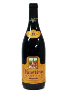 Red wine Faustino Martínez