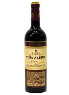 Red wine Viña Albina